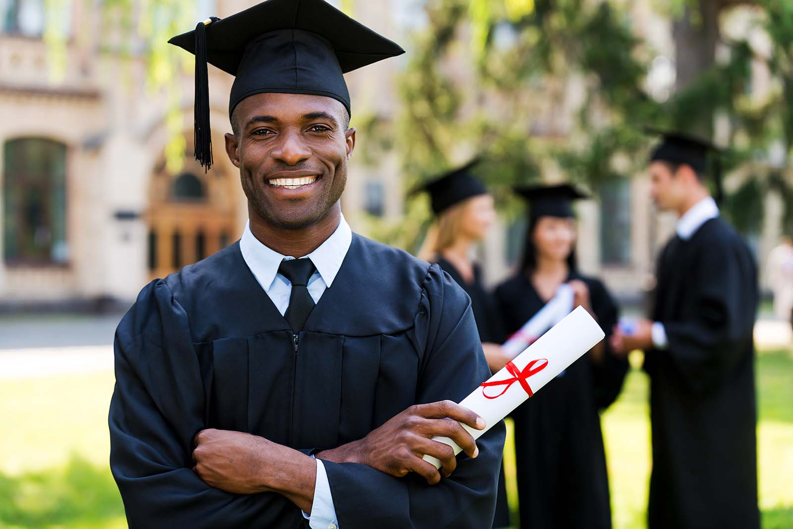 Is Professional Teeth Whitening the Perfect Way to Get Your Smile Graduation-Ready?